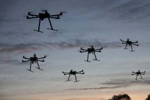 6 Hexacopter am Abendhimmel