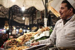 Urlaubsfotos Tipps: ein Schnappschuss von einem Markt in Marrakesch